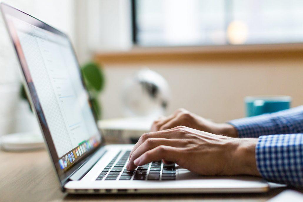 Texte für alle Produkte im Online Shop erstellen